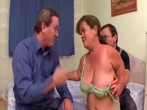 Dois Anões Numa Orgia De Sexo A Três Porn