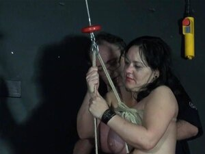 2 Slavegirls Diletante Bizarras Agulha Angústia E Servidão, Porn
