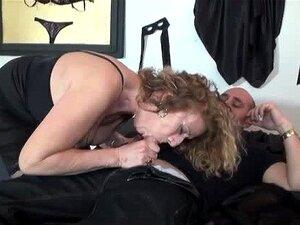Sophie 50 Anos Fodida Em Meias Porn