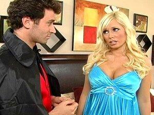 Angelina Ash - As Aventuras Do Homem De Peito Porn