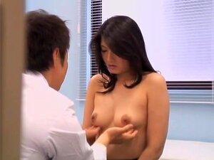 Um Asiático Perfeito Faz Sexo Duro Durante Um Exame De Ginecologia, Uma Asiática Muito Boa Veio Fazer O Exame De Rata, Mas O Ginecologista Pervertido Decidiu Fodê-la Com Força. Foi Ela.cuidado E Ficou Muito Quente E Apaixonado. Porn