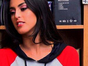 Shoplyfter-Shop Lifter Sophia Leone Fodida Pela Segurança Porn