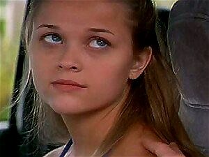 Reese Witherspoon Derrama Sua Alma Afora Para A Loira Gostosa Alyssa Milano Porn