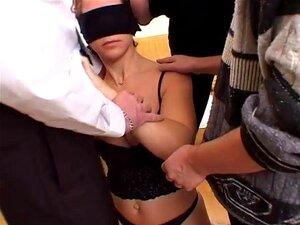 Menina De Olhos Vendada Fica Fodida Por Todos Os ângulos - Telsev Porn