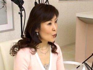Hitomi Kurosaki Garota Asiática Madura Part5 Porn