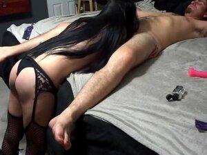 A Cabra Deu Cabo De Mim Com Um Vibrador Gigante Preso A Uma Serra., Porn
