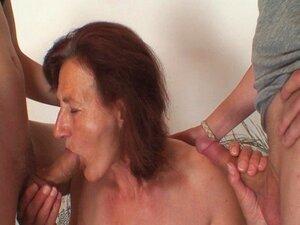 Dois Jovens Pintores Bang Avó Nua Porn