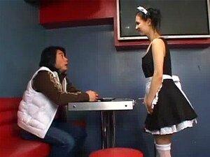 Maria Ozawa Incrível Boquete No Uniforme De Empregada Doméstica Porn