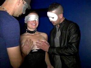 Bukkake Para Carla Em Um Sexshop Porn
