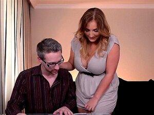 O Professor Fode Com A Sua Mulher Antes Das Férias. Porn