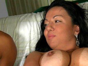 A Cabra Brasileira Fica Satisfeita Com O Max. Sedutora E Excitada Miúda Brasileira Fica Agradada Ao Máximo Porn