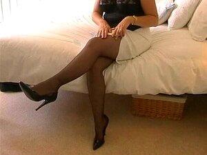 Amateur British MILF In Black Stockings Finger Fuck Porn