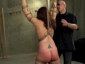 Morena é Amarrada E Espancada Pelo Mais Velho Mestre Da Masmorra Porn