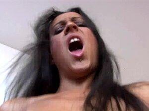 Oyeloca Pequenas Tetas Latinas Carolina Aguirre Clitóris Grande Raspada Pu Porn