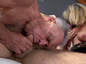Sexo A Três Bissexual Com A Estrela Madura Lucy Blond-Lucy Blond Porn
