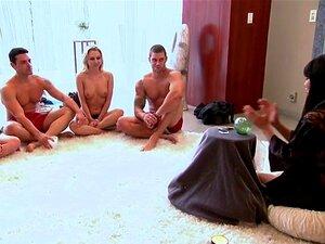 Porra De Pessoas Reais Em Programa De TV Porn