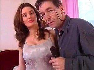 Renata-Checa Cutie é Difícil, Porn