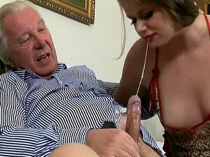 Garota Alta Em Nylon Porn