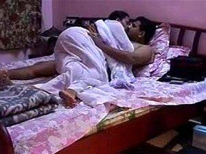 Desi Recém-casado, GF Indiano, Vídeo Sexual De Lua-de-mel. - Porn