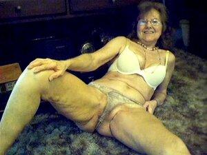 64 Anos, Doce E Sexy Avozinha Com Cabelo Comprido. 64 Anos, Doce E Sexy Avozinha Com Cabelo Comprido Porn
