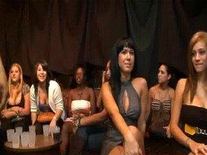 46 Incrível Orgia No Clube Com Cadelas Quente! 10 Porn