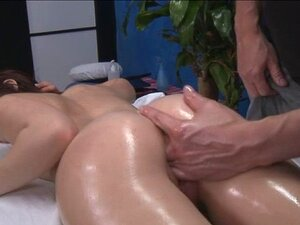 Estas 3 Meninas Fodido Rígido Por Sua Massagista. Estas 3 Meninas Fodidas Duramente Por Seu Terapeuta De Massagem Depois De Receber Uma Massagem Relaxante Porn