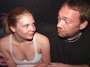 Tammi Adolescente Rabo Fodido Em Um Cinema Pornô Tampa De Público Porn