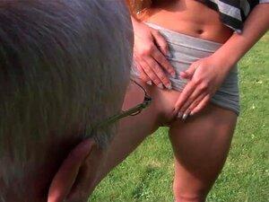 Vovô Limpeza Adolescente Xoxota Depilada Porn