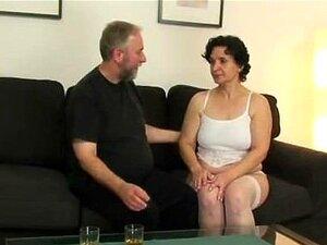Ele Junta-se Ao Casal De Idosos. Porn