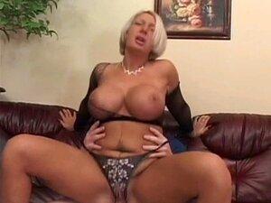 Une Belle Madura Porn