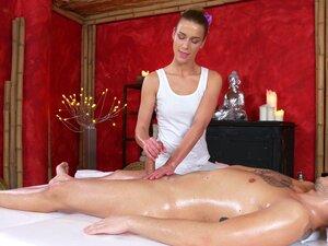 Massagem Com Final Feliz Por Uma Miúda Sexy Para Um Tipo Bonito Porn