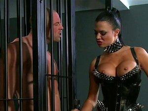 Peituda Amante No Espartilho Fode Masculino Sub No Calabouço Porn