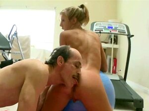 Velho Safado Fode Jovem Loira Porn