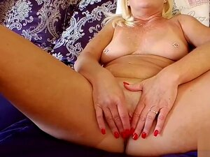 The JOI Show Close-ups, Porn